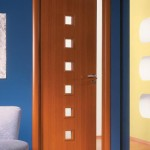 светлый ламинат и темные двери фото