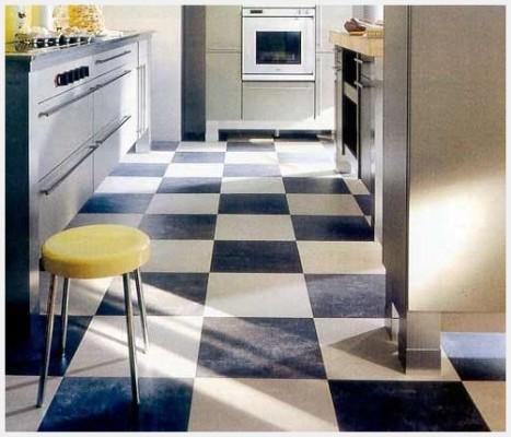 как уложить линолеум на кухне